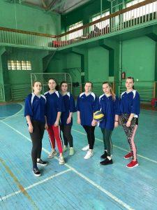 Спортивні змагання між студентами та викладачами